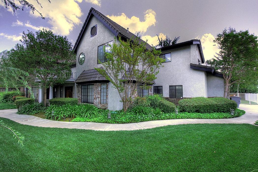 Los Altos Hills Real Estate .jpg