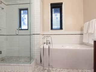 Does Replacing a Bath With a Shower Decrease Your Home Value?