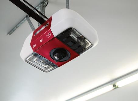 Smart Garage Door Openers LiftMaster W/ Camera