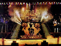 KISS Victoria July 25 1977 - The show that never happened.