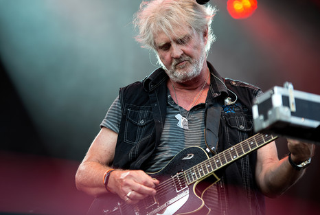 Tom Cochrane - Rock the Shores