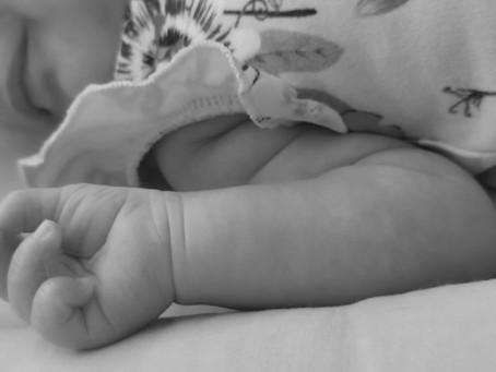 Maijā piedzimuši dvīņu puikas