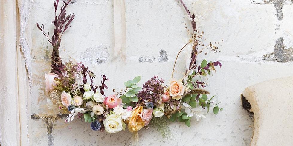 couronnes de fleurs sechées