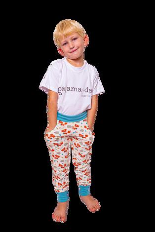 """pajama-day = nachts eine Pyjamahose, tagsüber eine Jogginghose mit Taschen.  """"Die zieh i nimma aus!"""""""