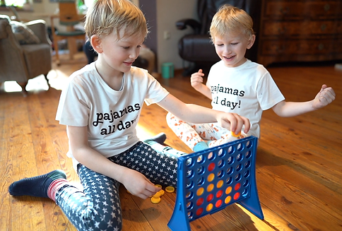 pyjamas für die ganze Familie bio fair nachhaltig vegan nachtwäsche bei neurodermitis