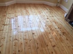 Pine hardwax oiled floorboards