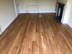 Solid oak narrow planks