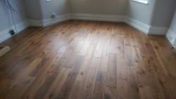 Prefinished oak boards
