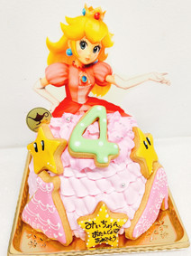 ピーチ姫ドレスケーキ