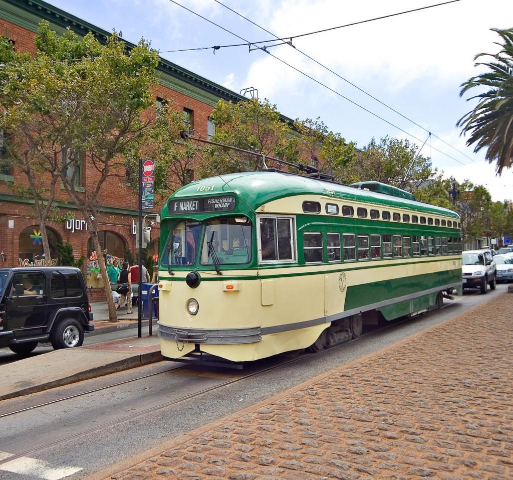 5j-Duboce-Triangle-FMarketStreetcar2-102