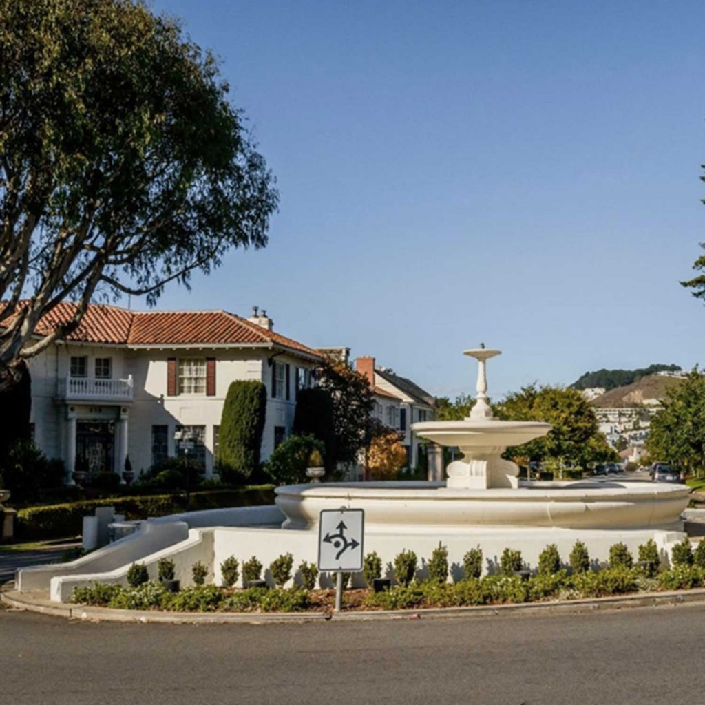 Sir-Francis-Wood-SF-Real-Estate-Agent-Ru