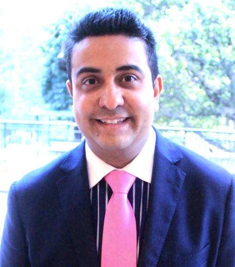 Dr Neil S Sharma