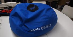 R3 Chair。