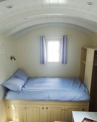 Shepherd Hut Double Bed