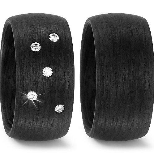 Ringe aus Carbon mit Brillant