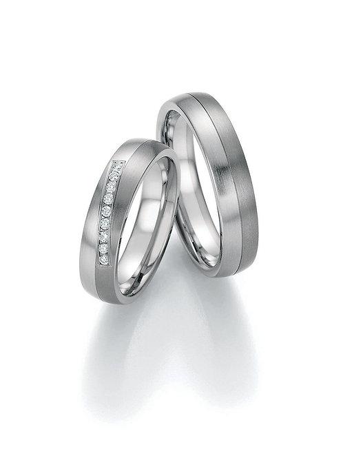 Ringe aus Titan/Steel mit Diamant