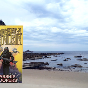Review   Starship Troopers   Robert A. Heinlein