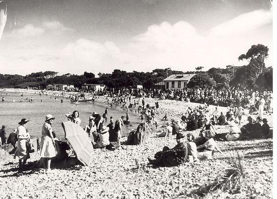 Bluff Beach 1948.jpg
