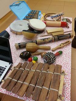 Instrumentarium en musicotherapie active en groupe