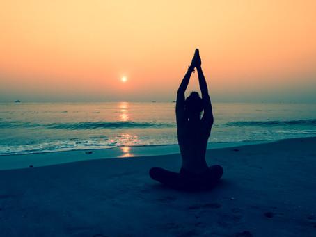 Yoga: Prática milenar que vai te ajudar nesse isolamento social