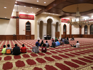 Youth night at Masjid Ar-Rahman engages youth in discussion and fun