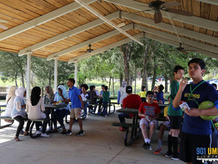 "Youth come out to barbecue picnic ""Grill and Chill"" at Memphis Islamic Center"