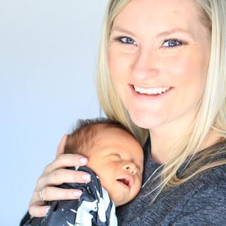 Newborn photography, Family photographer, infant, Grand Rapids