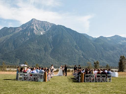 FRASER RIVER LODGE WEDDING | JENN & SHANE