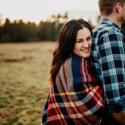 MAPLE RIDGE COUPLES SESSION | MALLORY & DAVE