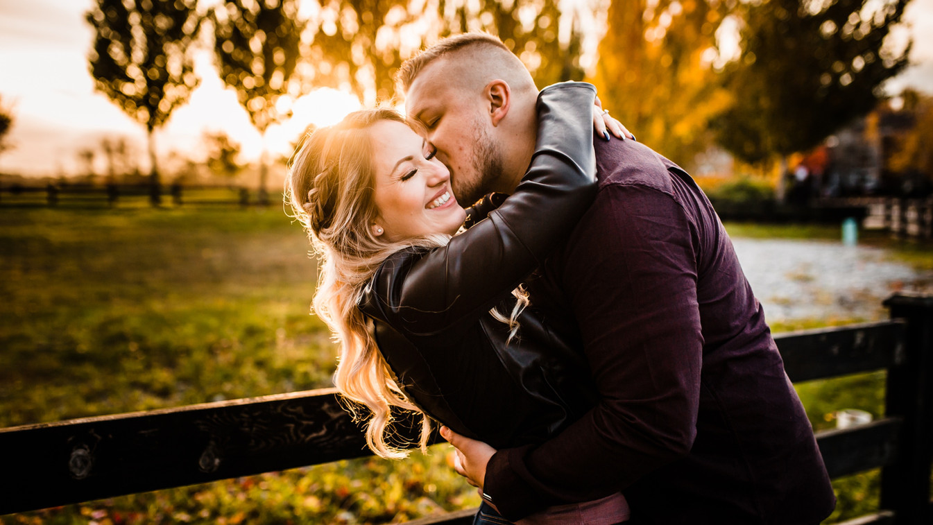 how to feel natural in engagement photos