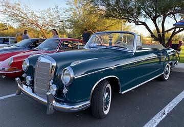 Camelback_Motor_Show_1958_Mercedes_220S_