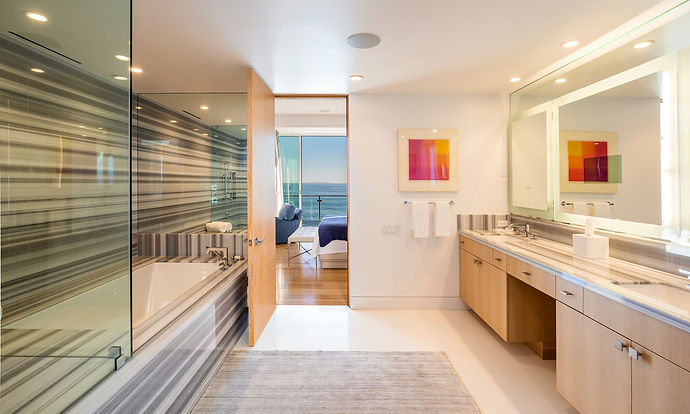 MALIBU BEACH HOUSE MASTER BATHROOM