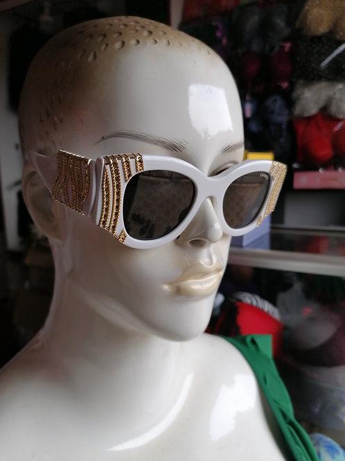 Sallonaa Sun Glasses (45,000 Ugx)