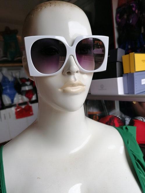 Celebrity Sun Glasses (45,000 Ugx)