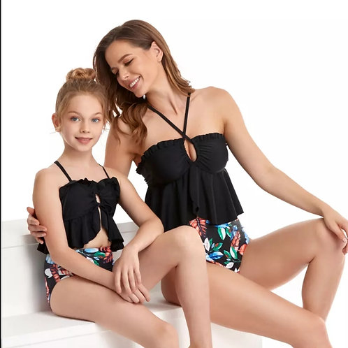 Mother Daughter Swimsuits (180,000 UGX)