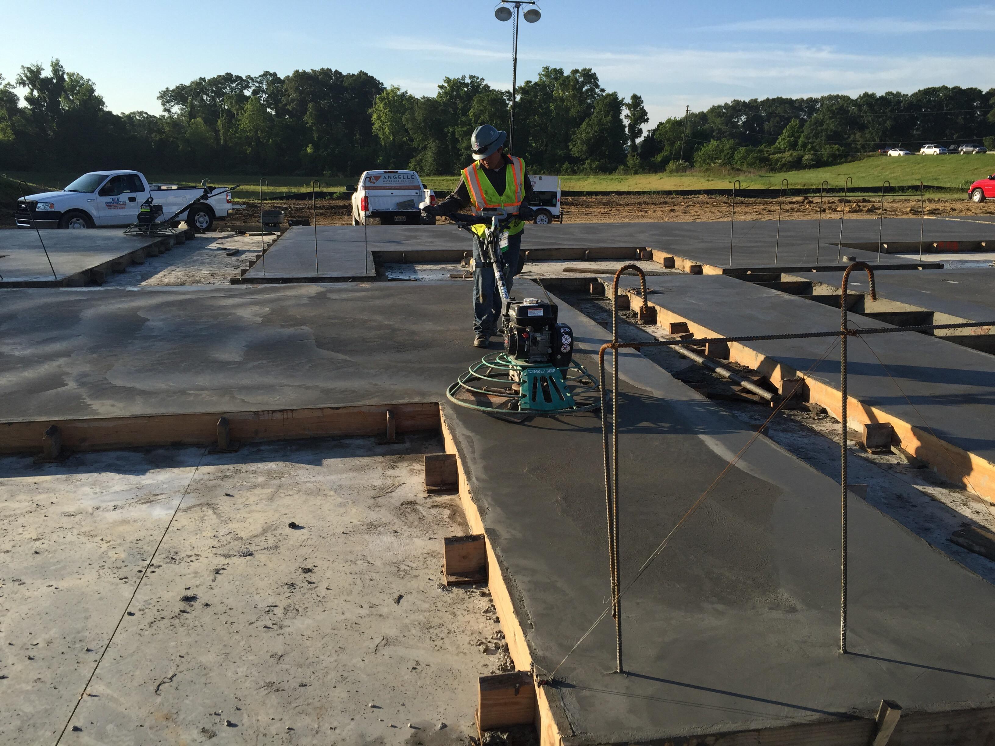 Tilt Wall Pouring & Finishing