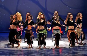 Nouveaux cours de danse : bollywood, jazz, danse orientale moderne, sagattes