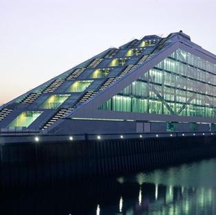德國漢堡港區辦公大樓
