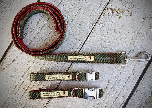 Two Tone Green Tweed Wool Lead Metal Trigger Clasp