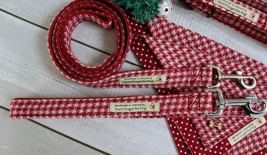 Red and White Houndstooth Tweed Wool Lead Metal Trigger Clasp