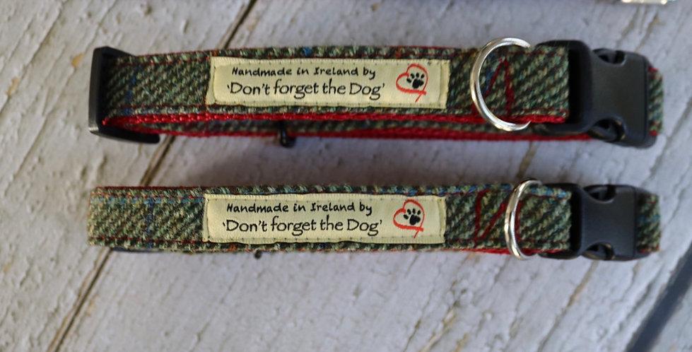 Two Tone Green Tweed Wool Collar 'Red Nylon' Plastic Buckle