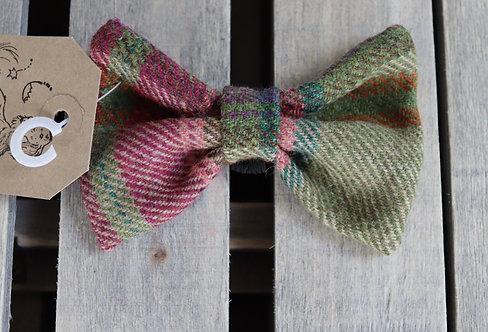 Pink / Green Tweed Wool Dicky Bow