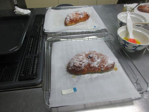 12月4日(金) クリスマスのパン教室