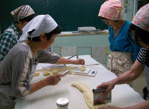 7月 2日 パン教室  第2回 あんパン作り