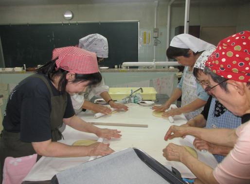 10月 8日 パン教室  第4回 ロールパン・ピザ作り