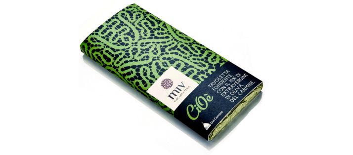 Vendita online di cioccolato fondente all'olio extravergine di oliva Marchigiano pluripremiato a livello internazionale nei migliori concorsi del mondo. Il miglior cacao del mondo incontra l'olio di oliva extravergine delle colline di Ancona