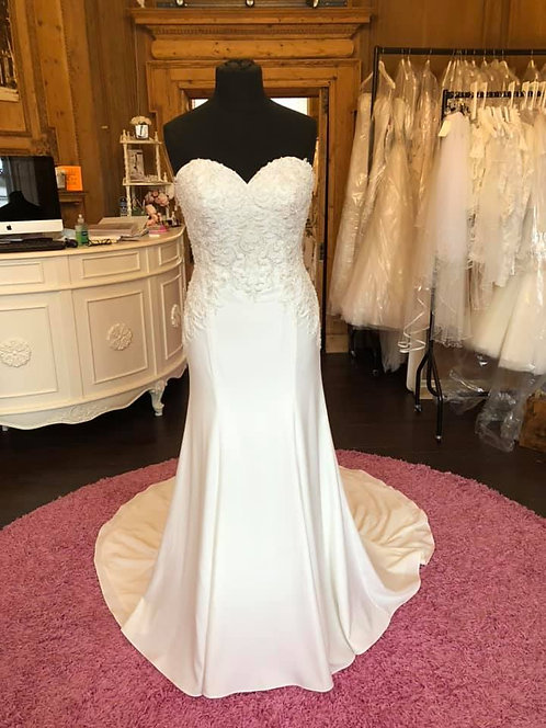 Enchanting by Mon Cheri '119116' Wedding Dress
