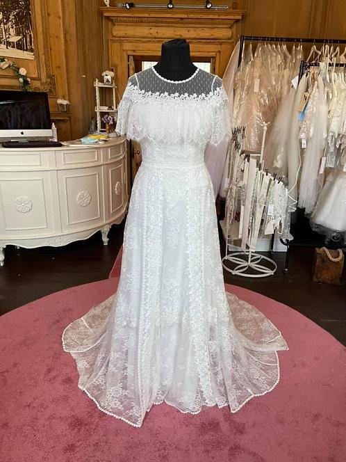 Pronovias 'Dorado' Wedding Dress