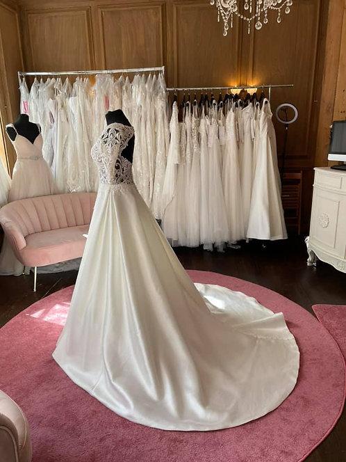 Rebecca Ingram 'Spencer' Wedding Dress
