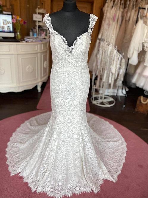 Mori Lee MGNY 8104Wedding Dress
